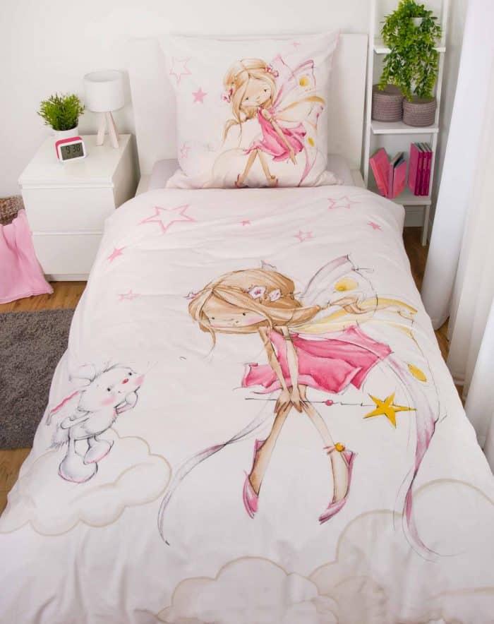 Produktbild Bettwäsche Little Fairy Fee Rosa ganze Bettwäsche auf Bett