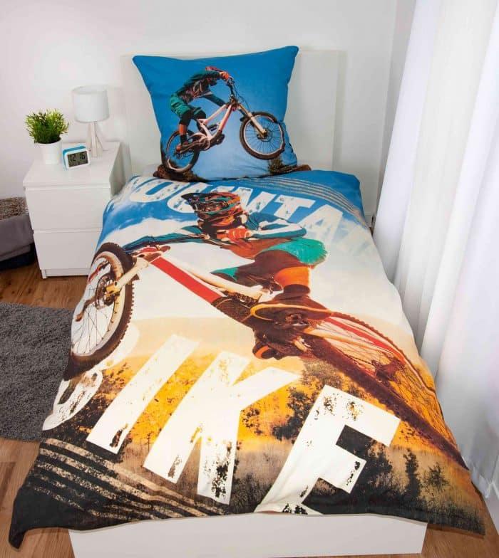 Produktbild Bettwäsche Mountainbike Blau ganze Bettwäsche auf Bett
