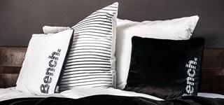 Bench Modern Opposite Kissen, Decken, Bettwäsche