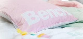 Bench Pastel Colours Kissen, Decken, Bettwäsche