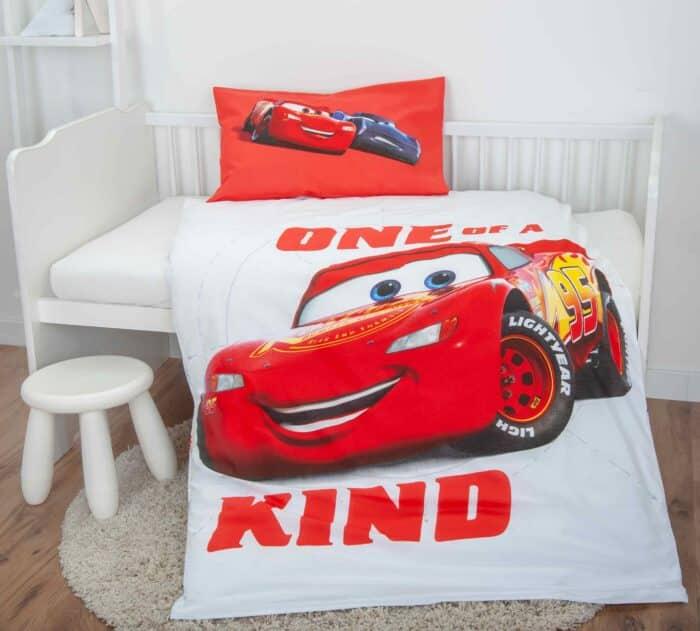Produktbild Bettwäsche Disney Cars rot weiß ganze Bettwäsche